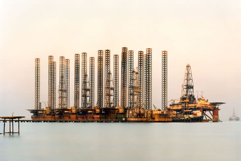 "Edward Burtynsky Exhibition ""Oil"" at Huis Marseille"